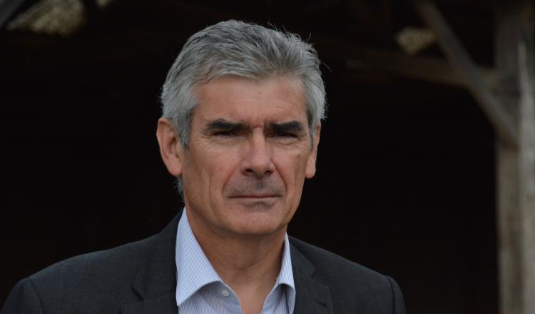 Jean-Charles Taugourdeau a été élu maire de Beaufort-en-Vallée pour la première fois en 1991.