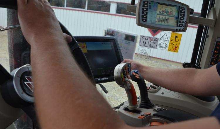 Les conducteurs d'engin sont parmi les plus recherchés. (photo d'archives)
