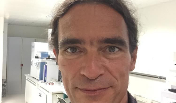 Erwann Engel, directeur de recherches sur les contaminants chimiques pour l'Inrae.