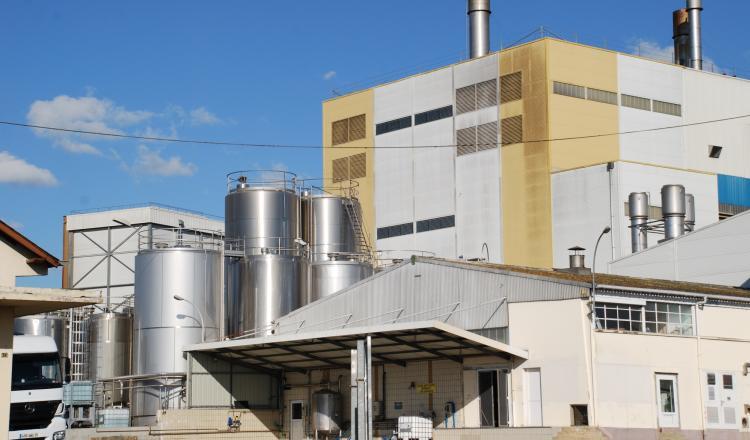 La Région va verser 840 000/¬ de subvention pour des investissements sur le site de Mayenne. (photo d'archives)