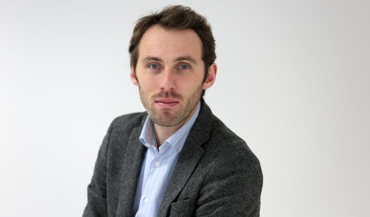 Bertrand Valiorgue est professeur de stratégie des entreprises, expert de la coopération agricole. En 2020, il a publié l'essai Refonder l'agriculture à l'heure de l'Anthropocène (éd. le Bord de l'Eau).