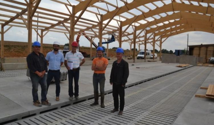 Les principaux partenaires du projet: Patrick Lauzier (terrassement), Matthieu Jamoteau (Cam), Rémi Veillé (maçonnerie), Christophe Housseau, Didier Veillé (maçonnerie).
