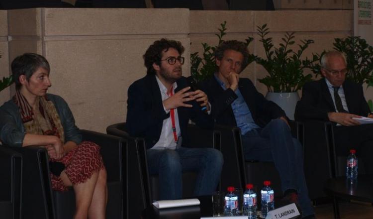 Aurélie Baupel, Thomas Landrain et Gilles Babinet (de gauche à droite), tous les trois spécialistes du développement du numérique, sont venus expliquer aux responsables des chambres d'Agriculture les bouleversements que la troisième révolution industrielle et agricole va entraîner à l'échelle du globe.