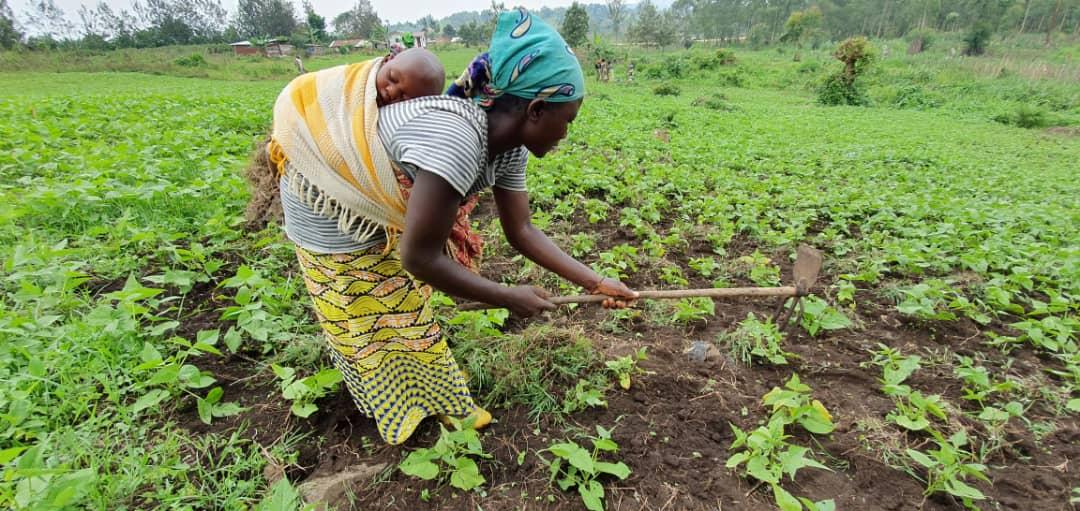 Pour ces femmes, victimes de drames, nourrir leurs enfants est le premier moteur. (photo Kitumaini/Afdi)