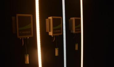 Particularité de ces tubes led, ce sont à la fois l'intensité et la température de couleur qui peuvent être modulées pour imiter les variations de la lumière naturelle.