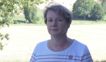 Agnès Verdierest devenue maire de la commune de Villaines-sous-Lucé en 2020. En EARL avec son mari, ils élèvent des volailles et cultivent 57ha.