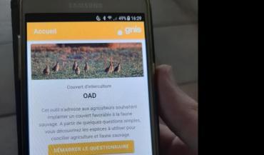 """L'application gratuite est disponible sur Android et iOS en inscrivant """"OAD couverts faune sauvage""""."""