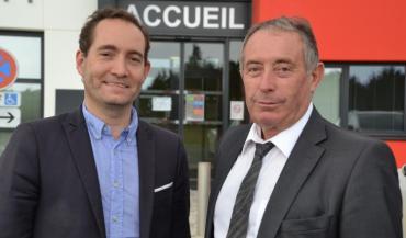 Joël Balandraud (à gauche) succède à Alain Dilis.