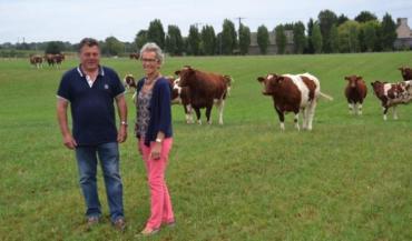 Marc et Jocelyne Barrier élèvent des vaches qui combinent le type viande et la facilité de naissance.