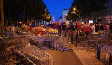 Quelque 200 agriculteurs ont manifesté en plein centre-ville d'Angers, Boulevard Foch, jeudi 16 juillet