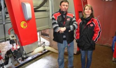 Gilles et Mélanie Prémartin apprécient la sobriété et le silence du nouveau robot A5.