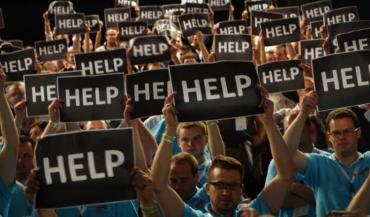 """Les congressistes ont adressé un """"Help"""" (à l'aide) à Stéphane Le Foll."""