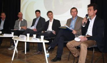 De gauche à droite : Vincent Rétif (vice-président d'Evolution), Michel Dubrulle (président de l'OS Prim'holstein), Thierry Hulmer (président Seenergi), Christophe Descuns (ECLA), Dominique Davy (président d'ECLA) et Jean-Marc Alibert (président OS Limousine).