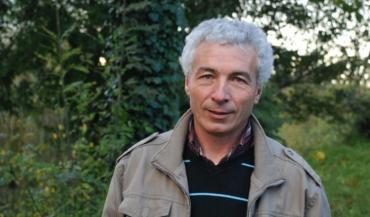"""""""Sur mes prairies, j'exclus l'azote."""" Denis Sallé, lauréat du concours des prairies fleuries du parc régional."""