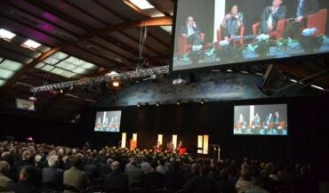 Le financement des communes et l'avenir de l'organisation territoriale font débat.