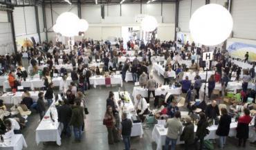 Juste à côté du Salon des vins de Loire, la Levée de la Loire et Demeter, consacrés aux vins bio, gagnent en importance chaque année. Ils accueilleront 280 exposants cette année.