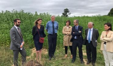 Le 4juillet, le premier accord de fourniture de chanvre destiné à la production d'énergie en Sarthe a été signé.